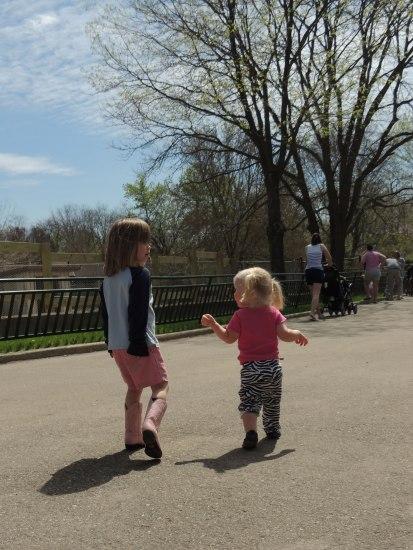 zoo, clara & Jane